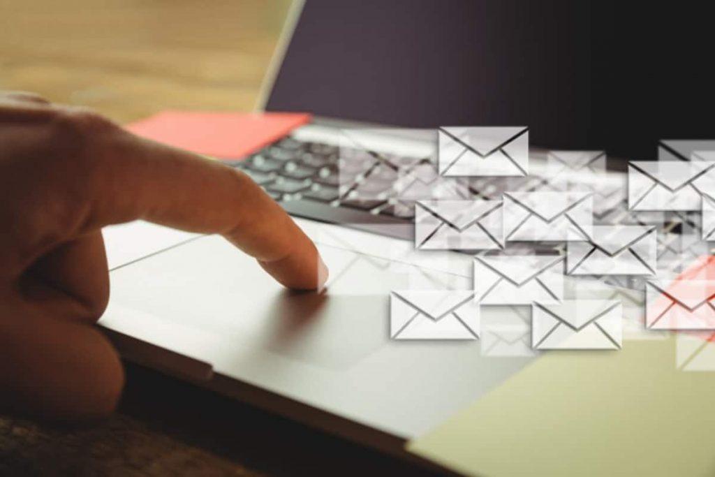 Auto alerts & emails